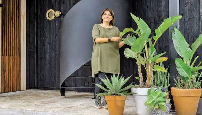 Cómo es por dentro una verdadera casa sustentable (y con mucha onda)