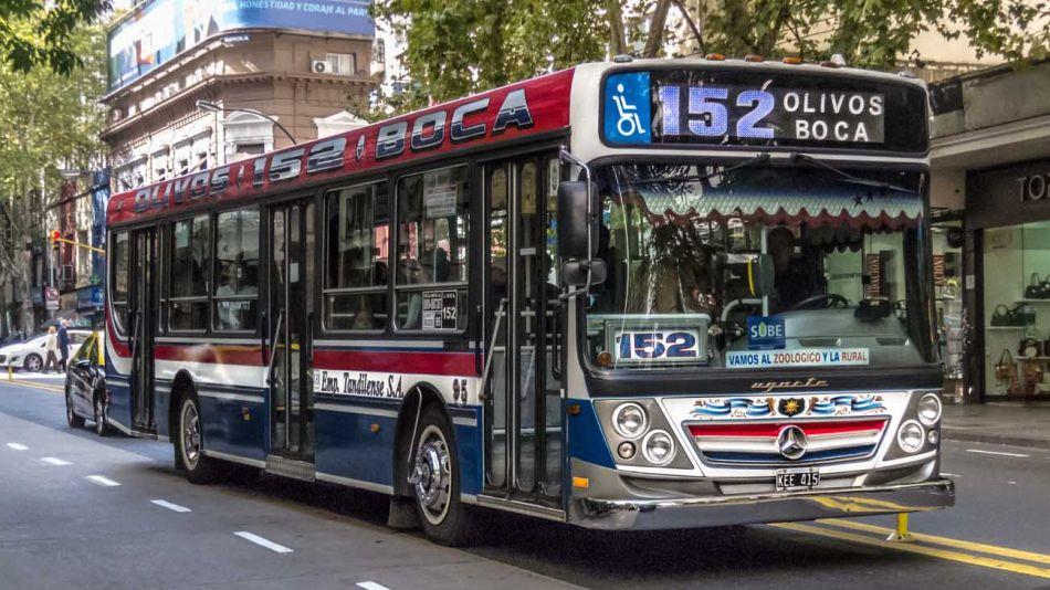 colectivo 152 20210706