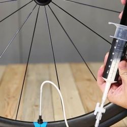 Es aconsejable revisar la presión de las ruedas regularmente.