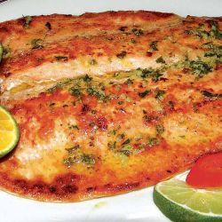 Sabrosa trucha en la Ruta de los Sabores Patagónicos, uno de los platos típicos del circuito.