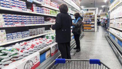 Bolsillos golpeados. La inflación acumula 21,5% en los primeros cinco meses del año.