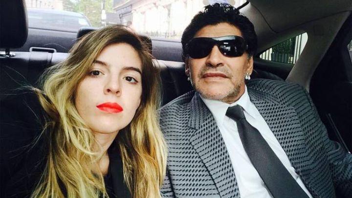 """Dalma Maradona y el mensaje a ocho meses de la muerte de Diego: """"Ya nos vamos a volver a abrazar"""""""