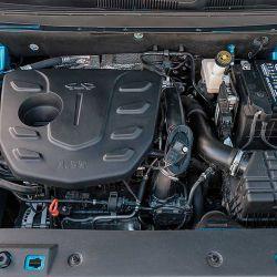 El motor es un naftero 1.5 Turbo con 16 válvulas que eroga 147 CV a 5.500 RPM y 210 Nm de torque. Con dos opciones de transmisión, caja manual de 5 marchas o automática de 8. La tracción  es delantera 4x2.