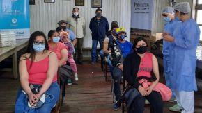 Primer operativo de vacunación para trabajadores rurales