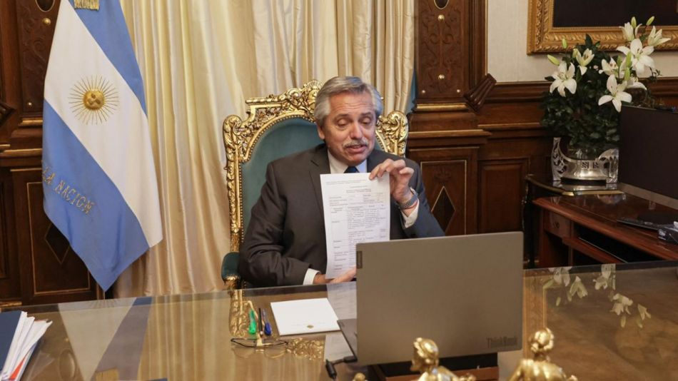 Alberto Fernández sputnik v g_20210715