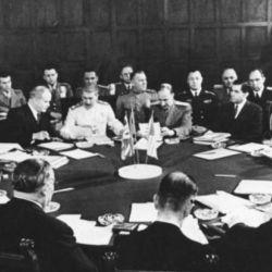 El 17 de julio de 1945, tuvo lugar la conferencia de Postdam.
