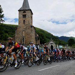 Los ciclistas marchan durante la 17ª etapa de la 108ª edición del Tour de Francia de ciclismo, de 178 km entre Muret y Saint-Lary-Soulan.   Foto:Thomas Samson / AFP