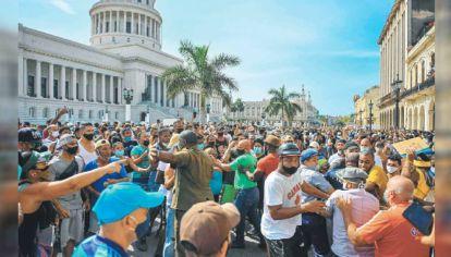Protesta. Una economía en caída libre llevó al pueblo cubano a salir a la calle. El embargo y la represión.