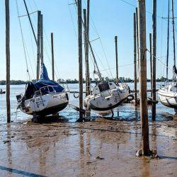 El puerto de Santa Fe es uno de los lugares más fuertemente afectados por la bajante del Paraná.