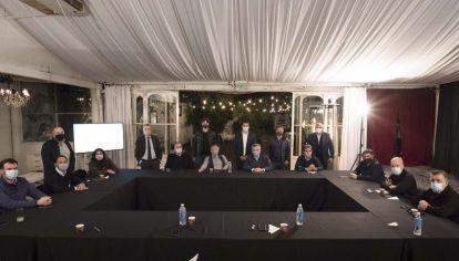 La mesa de JxC no logra evitar internas en las principales provincias.