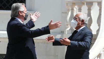 El presidente Alberto Fernández con el primer ministro portugués, Antonio da Costa, que apoyó la renegociación con el FMI