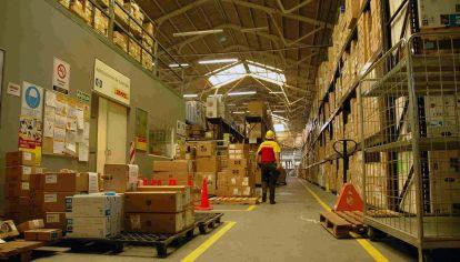DHL invierte 500 millones de pesos en Argentina para expandirse