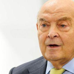 El 26 de julio de 1996, Domingo Felipe Cavallo dejó su cargo como ministro de Economía.
