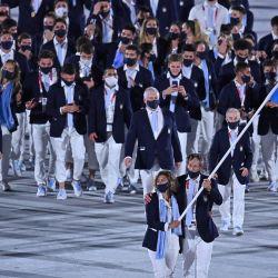 La delegación argentina desfila en el estadio olímpico de Tokio. // Telam