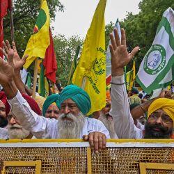 Los agricultores protestan en una manifestación contra las recientes reformas agrícolas del gobierno central en Nueva Delhi.   Foto:Money Sharma / AFP