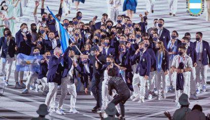 Celeste y blanca. La delegación argentina fue acotada: no todas las personas pudieron asistir por los protocolos ante el covid.