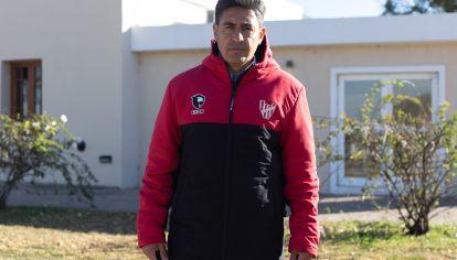 """EN ACCION. """"Estamos trabajando mucho, haciendo diagnósticos y buscando jugadores"""", contó Del Olmo."""