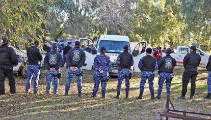 Rastrillajes. En los operativos participan distintas fuerzas de seguridad, entre ellas la Policía de San Luis, Gendarmería y la PFA. Trabajan con perros, drones y caballos.