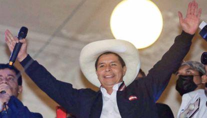 Perú. Pedro Castillo, un candidato progresista casi desconocido, es el nuevo presidente.