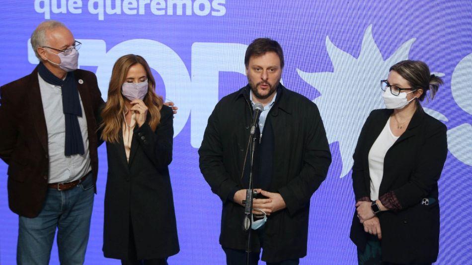 Victoria Tolosa Paz Daniel Gollan lista frente de todos Leandro Santoro Gisela Marziotta g_20210725