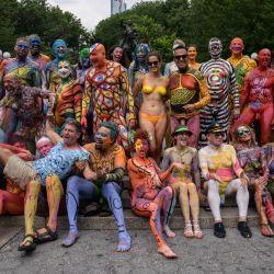 Los participantes posan para las fotos durante el Día anual del Bodypainting de Nueva York en Union Square. - El evento anual autotitulado tiene como objetivo promover la aceptación y el    Foto:Ed Jones / AFP