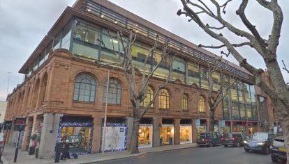 Edificio de Londres cuya compra por el Vaticano es hoy centro de un juicio a funcionarios a de la iglesia católica.