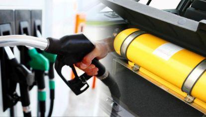 Cayeron las ventas de combustibles y conversiones GNC
