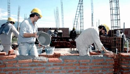 El préstamo a tasa cero solo se ajusta de acuerdo al Coeficiente de Variación Salarial que publica el INDEC y servirá para construcciones por un monto máximo de 4,7 millones de pesos con un plazo de repago a 30 años.