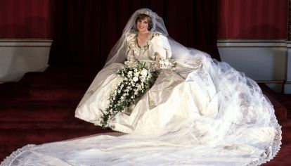 Lady Di: Su vestido de novia sigue inspirando 40 años después