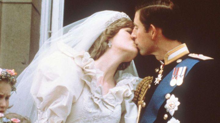 Se cumplen 40 años: todas las fotos de la boda Lady Di y Carlos de Inglaterra