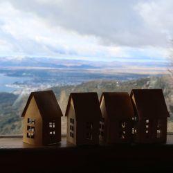 El Refugio Berghof fue creado por el pionero Otto Meiling y es el sitio ideal para descansar un rato de la nieve al calor del hogar.