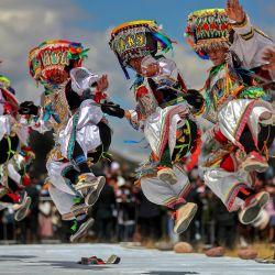 Esta foto muestra a bailarines interpretando la  | Foto:Alberto Orbegoso / Presidencia del Perú / AFP