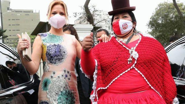 Yáñez en Perú para la asunción de Pedro Castillo