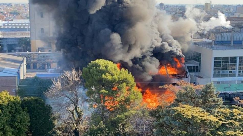 Incendio planta cervecería Quilmes g_20210731