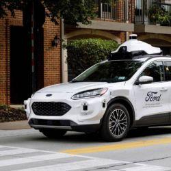 La colaboración está diseñada para escalar la implementación de vehículos autónomos utilizando datos y así definir las áreas óptimas donde brindar el servicio de manera segura.