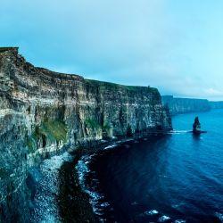 El condado de Clare està ubicado en la costa este de Irlanda.