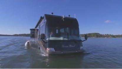 Terra Wind RV, una increíble motorhome para ir por tierra y agua
