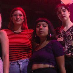 """Playa Nudista, la banda de """"punk rock garagero y femenino"""" que se presenta esta tarde."""