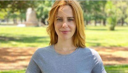 La periodista Agustina Kämpfer comenzó a dar clases de yoga online)