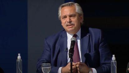 Con tono elevado durante gran parte de su discurso, Alberto Fernández asumió la culpa por la fiesta de cumpleaños de su esposa y la foto que se conoció del evento.