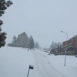 Las Leñas estaba cerrado debido precisamente a la poca cantidad de nieve