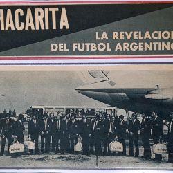 Imagen de los medios españoles con la llegada del plantel de Chacarita Juniors a Barcelona.
