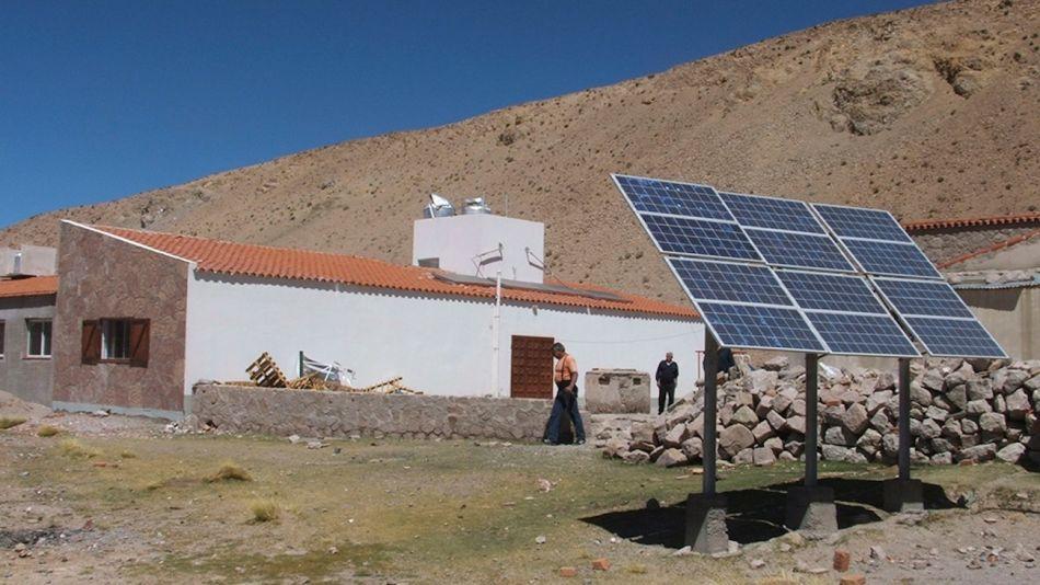 Inversión en energía para comunidades rurales aisladas