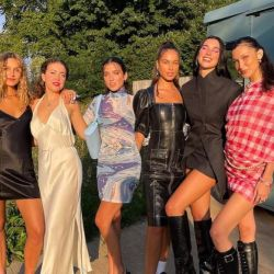 Dua Lipa celebró junto a Bella Hadid su cumpleaños número 26