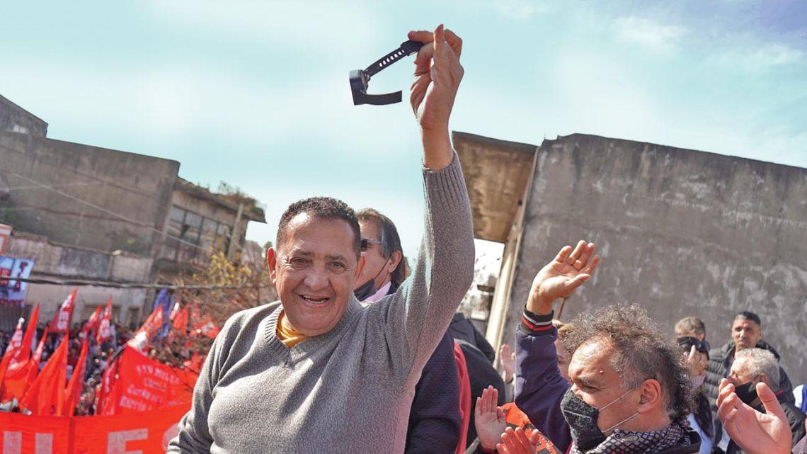 Luis D'Elia celebrates.