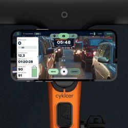 Desde ya, no solo se podrá usar la pantalla del teléfono como espejo retrovisor, sino que también se ofrecerán funciones de navegación, grabación de video y servicios de geolocalización.