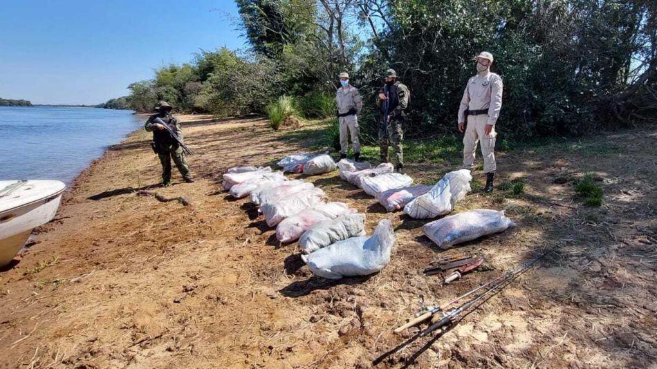 Secuestro de carpinchos en el río Paraná 20210902