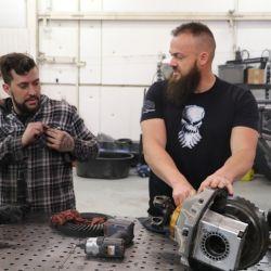 Diesel Dave es el programa de Discovery que muestra cómo arman vehículos todo terreno con un propósito y utilidad determinados.