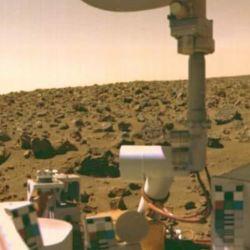 El módulo de aterrizaje pasó más de tres años terrestres en la superficie tomando fotografías del área circundante