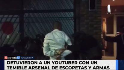 Youtuber detenido por portación de armas